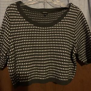 Torrid Cropped Top Size 1